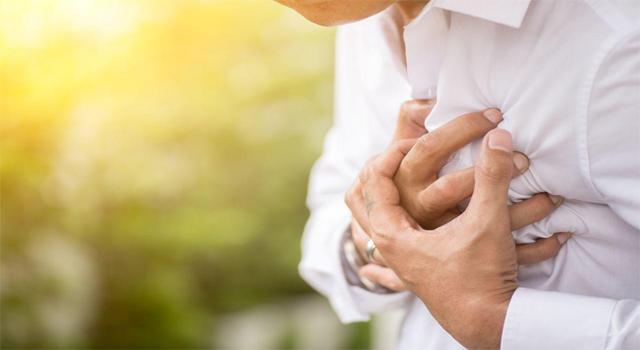 Koronavirüs kalpte iz bırakıyor