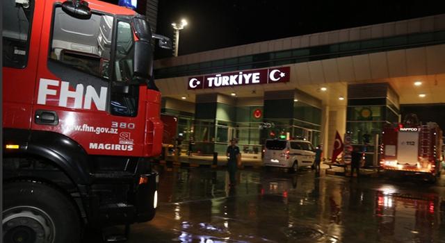 Azerbaycan'dan 53 araç, 2020 personel destek ekibi geldi