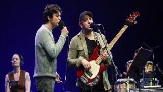 Taner Ölmez ve Serkan Keskin'den sağlık emekçilerine teşekkür konseri